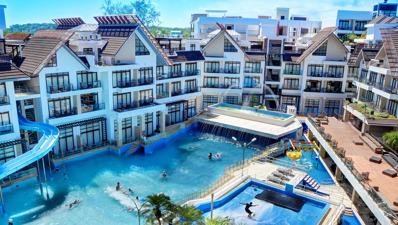 Crown Regency Resort Convention Center Viaje Royale