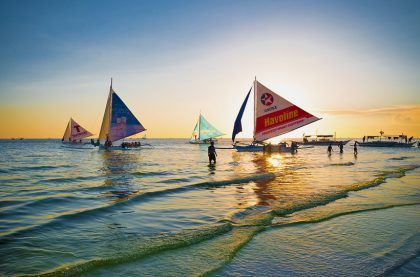 paraw sunset sailing boracay