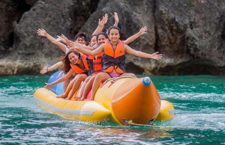 Banana Boat Boracay