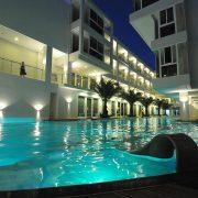astoria-current-swimming-pool