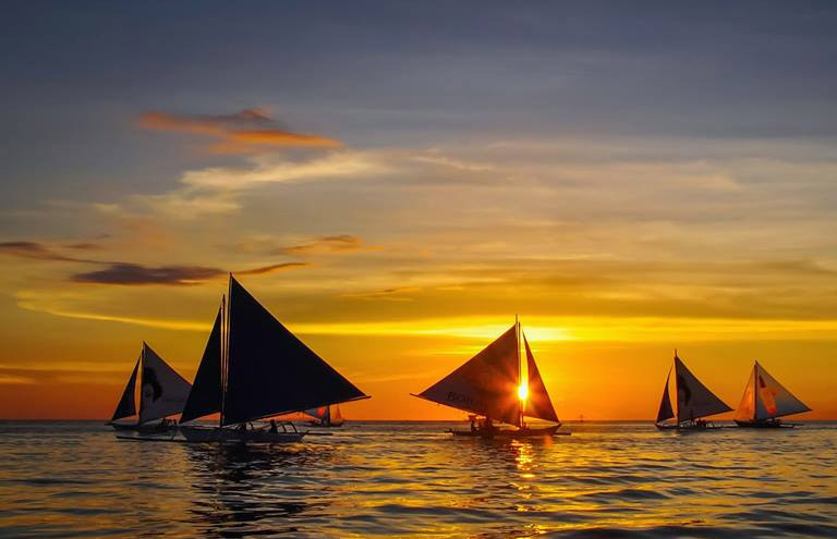 boracay-viaje-royale-sunset-paraw-sailing-2-sale